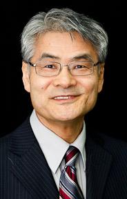 Tsuneo Yamazakii